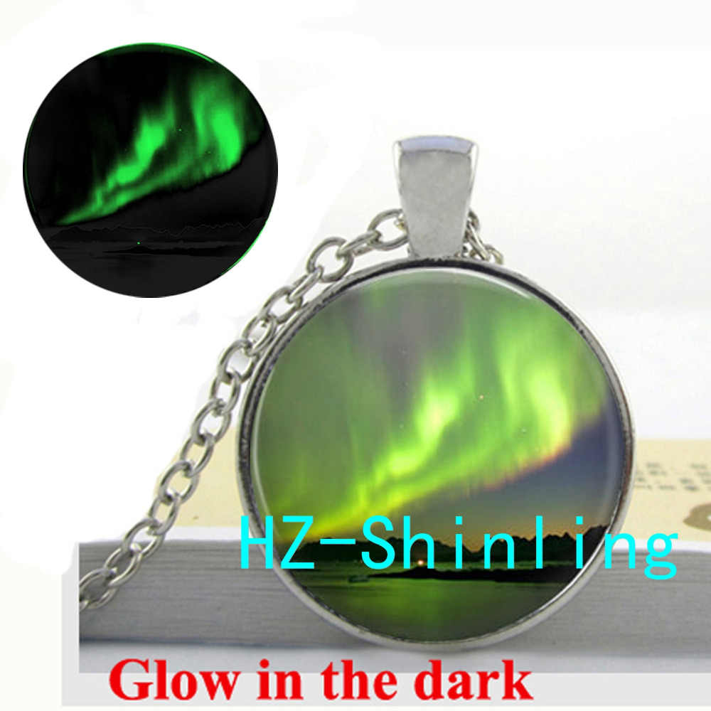 Glowing Jewelry Aurora Borealis Necklace Green Aurora Borealis Pendant  Jewelry Glow in The Dark Necklace ccb681816686