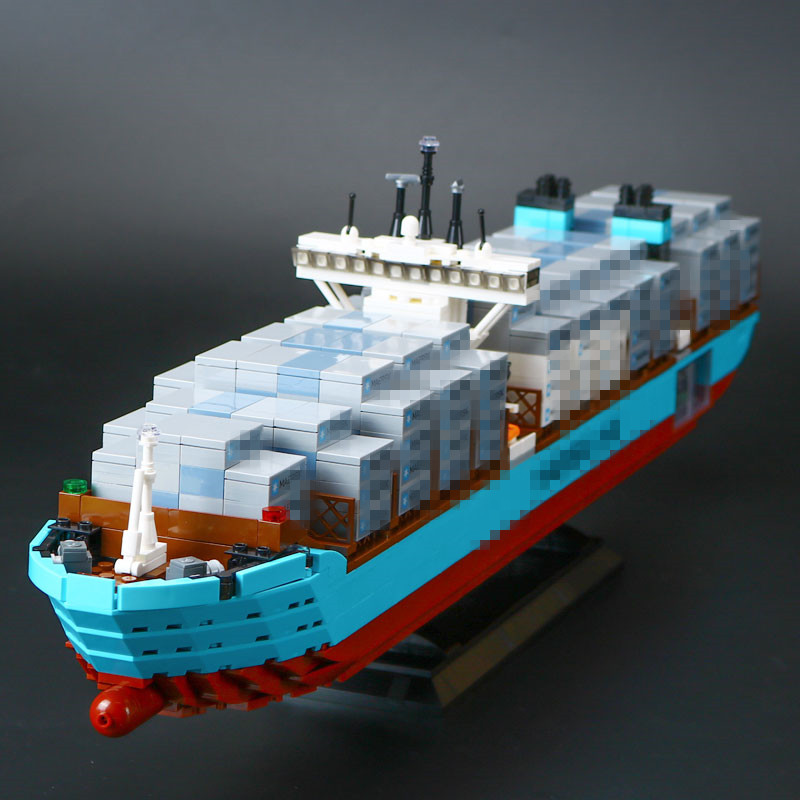 IN STOCK Lepin 22002 1518Pcs Technic Series The Maersk Cargo Container Ship Set Educational Building Blocks Bricks Model Toys 8 in 1 military ship building blocks toys for boys