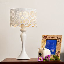 Ваза украшения настольная лампа Eyecare из светодиодов свет северные сельский стиль современный спальня через мульти-резные настольная лампа