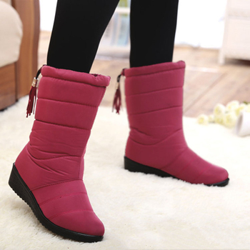 Buty kobieta 2019 buty damskie nowe buty śniegowe damskie buty zimowe ciepłe buty śnieżne buty zimowe tanie i dobre opinie HAJINK Flock Połowy łydki Pasuje prawda na wymiar weź swój normalny rozmiar Okrągły nosek Zima Slip-on Patchwork