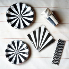 32Sets Black Striped Disposable Paper Plates and White Stripe with Silver Scallop Tableware Cups Napkins Party Decorations