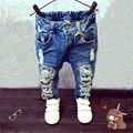 Meninos Da Moda outono Meninas Jeans Rasgado Buraco Calças Cintura Elástica Lavagem Luz Jeans Para Meninos Causal Crianças Roupas Regular p095
