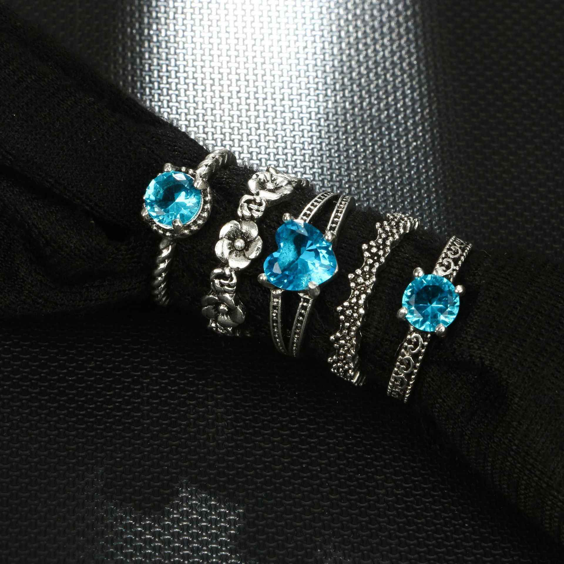 1 Set Ocean Blue Vintage Knuckle Rings for Women Boho Geometric Flower Crystal Ring Set Bohemian Finger Jewelry