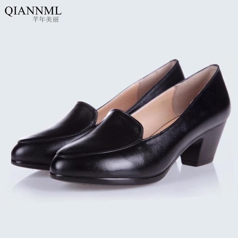 ФОТО New 2017 Spring Autumn Women's Shoes Genuine Leather Office Work Shoes Woman Medium Heel Pumps Women Black Shoe