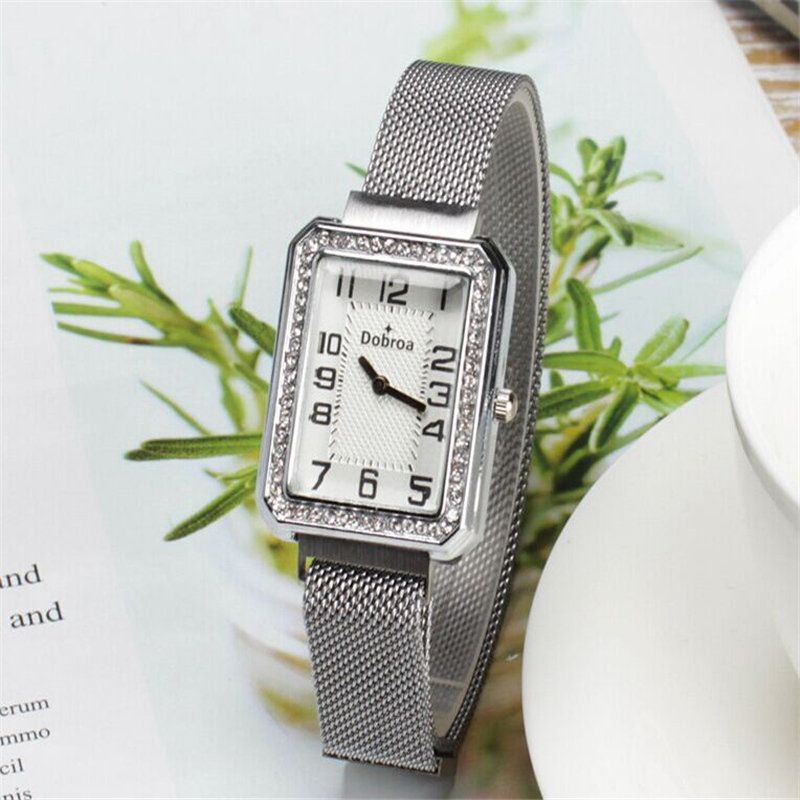 Hot Selling Women Watches Square Dial Ladies Quartz Wristwatch Movement Rhinestone Magnetic Buckle Strap Clock Zegarki Damski50