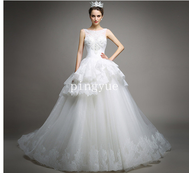 New Arrival fashionable White/Ivory Big Ball Gown Bridal Dressing ...