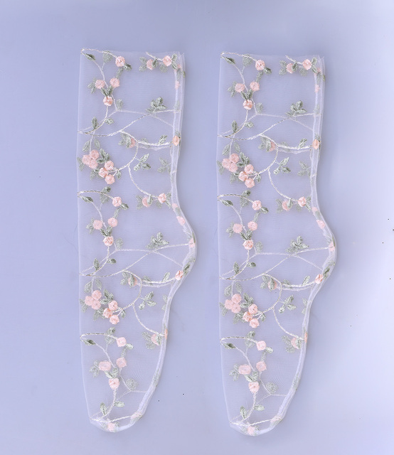2 Colors Women's Candy Embroidery Flowers Socks 3