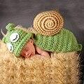 2016 Nuevos Diseños Del Caracol Ganchillo Sombreros Del Bebé Foto Atrezzo Bebé Del Traje Trajes Recién Nacido Gorros de Ganchillo Ropa apoyo de La Fotografía