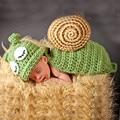 2017 Nuevos Diseños Del Caracol Ganchillo Sombreros Del Bebé Foto Atrezzo Bebé Del Traje Trajes Recién Nacido Gorros de Ganchillo Ropa apoyo de La Fotografía
