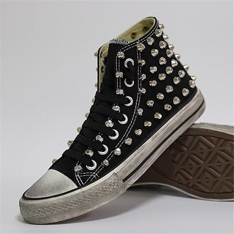 여성 플랫 펑크 록 스니커즈 블랙 캔버스 스터드 하이 탑 스니커즈 신발-에서여성용 플랫부터 신발 의  그룹 1