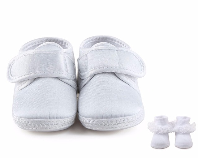93c1b33fa18 Delebao White Simple Style Hook   Loop Christening Baptism Newborn Baby  Girl Shoes + Baptism Socks For 0-12 Months Wholesale