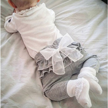 2016 весна и осень новый Дети одежда для новорожденных Белый Шифон большой лук серый детские Брюки брюки 0-2 лет девочка Леггинсы