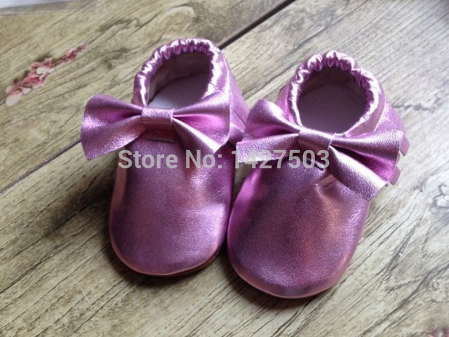 1pair New metallic baby bows moccs fringe shoes genuine leather moccasin soft leather moccs baby booties toddler tassel shoes