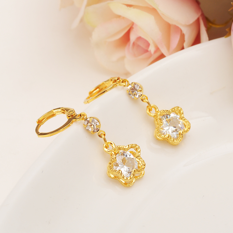 Bangrui Top Quality 10mm Classic Flower Color Earring Princess Consort Wedding Crystal Earring Shining Zircon Earrings For Wome