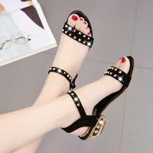 2019 New Women Sandals Fashion Summer Lady Shoes Rivet Beach Flat Casual Sandals Leisure Female Ladies Sandals Woman Size 34-41 недорго, оригинальная цена