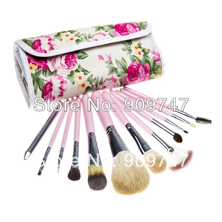 Professional 12pcs Makeup kits goat hair Brush Cosmetic Facial toiletries brushes Set tools With flower case 7 pcs goat hair facial makeup brushes set with brush holder