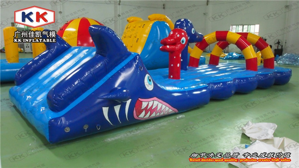 Hit And Run Aquatic Pool Inflatable Obstacle Course Water Game Sports In Inflatable Bouncers