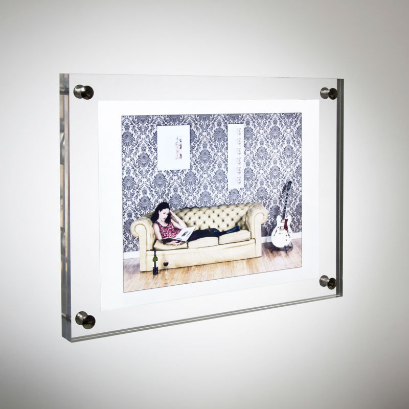 8 acrylic plexiglass photo frame wall mounted 2