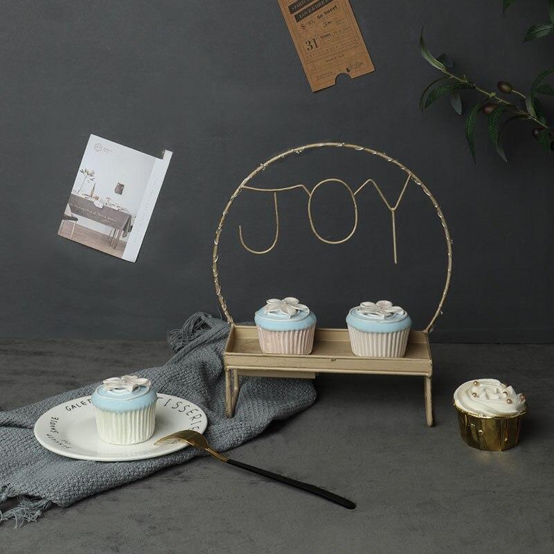 European style iron art Cupcake rack, creative LED lamp, cake tray, afternoon tea, heart plate, wedding dessert