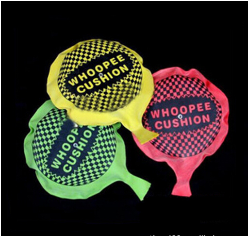 Hot Sale1pcs/set  Funny Whoopee Cushion Jokes Gags Pranks Maker Trick Fun Toy Fart Pad Novelty Funny Gadgets Blague Tricky Toy