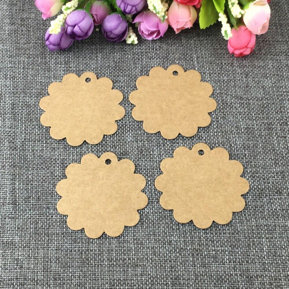 100 Pcs Blume Geformt Weiß Braun Papier Karton Hängen Tag Schmuck Kopf Karte Hohe Qualität Geschenk Preis Tag Nehmen Gewohnheit Logo 6x6 Cm