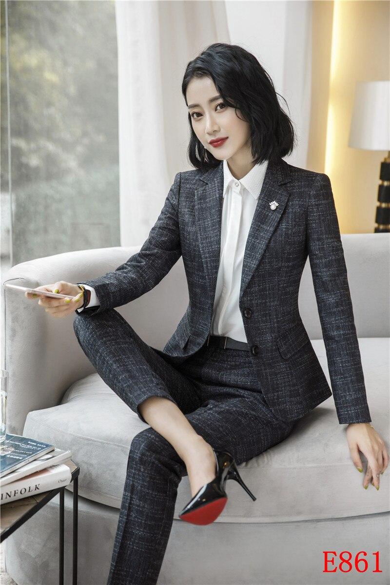 Veste noir pantalon bleu