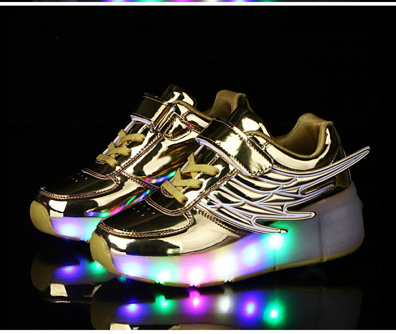 New Kids Black Glowing Sneakers With Wheels Boys Girls Automatic LED Light Roller Skates Shoes Child  tenis de rodinha5