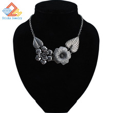 Fashion Luxury Alloy Flowers Resin Necklaces 2017 Women Retro Exaggerated Rhinestone Choker Collar Big Chunky Statement Necklace residence major suit high set counters million baroque full luxury retro dinner exaggerated statement necklace girlfriend gift