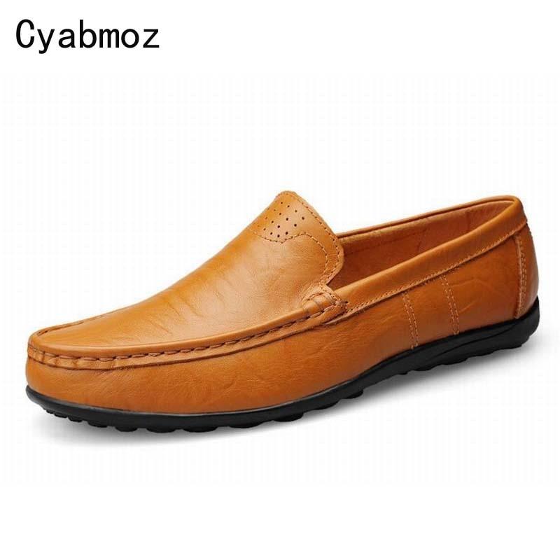 Taille 38-47 pleine fleur en cuir hommes mocassins grande qualité doux  véritable cuir hommes plat chaussures sans lacets mocassins, mocassin de  conduite ... 720458b2cfa3