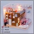 Hongda DIY casa de boneca de madeira crianças quarto mini D010