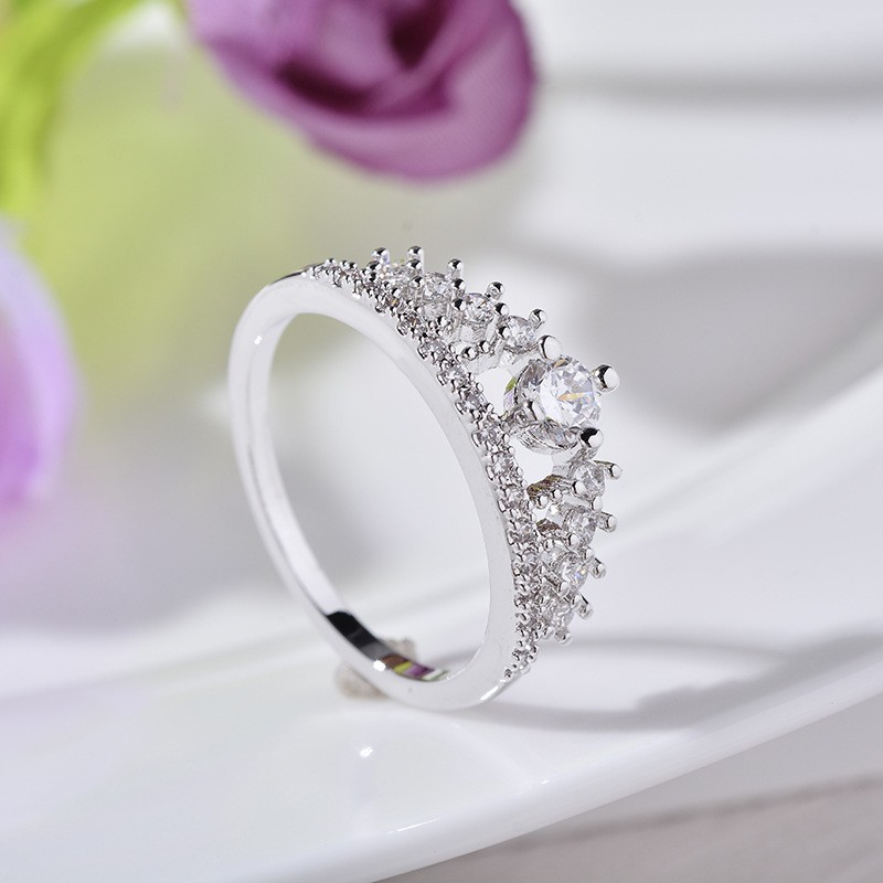 Engagement Party Ring New Fashion Crystal Rhinestone Crown Rings For Women Party Cute Elegant Luxury Sliver Plated Rings 10