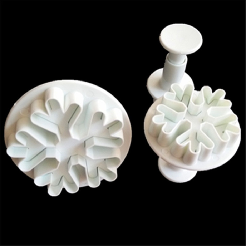 3Pcs/Set Halloween Christmas Snowflake Plunger Mold Cake Decorating Tool Cookie Cutters Fondant Sugarcraft Cutter