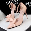 Nuevas Bombas de Las Mujeres Zapatos de tacón alto Zapatos de Tacón Alto Sandalia Dulce Arco Señaló Hueco Bowknot Abkle Correa de Las Mujeres sandalias G1132