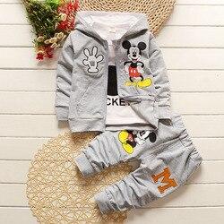 2017 Nova Primavera Outono Crianças Conjuntos de Roupas Das Meninas Dos Meninos Mickey 3 Peça Define Ternos Casaco Com Capuz Outono Do Bebê Do Algodão Meninos vestir 0-4Y