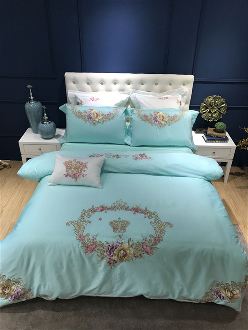 4/7Pcs Luxury Royal Bedding set flower Egyptian Cotton Embroidery Double King Queen size Bedsheet set Duvet cover Pillowcases4/7Pcs Luxury Royal Bedding set flower Egyptian Cotton Embroidery Double King Queen size Bedsheet set Duvet cover Pillowcases