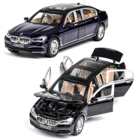 1:24 BMW760 Musical Lighting Machine Diecasts Toy Vehicles Hot Wheel Car Model With Car Hot Wheel Doors Can Be Opened Toy