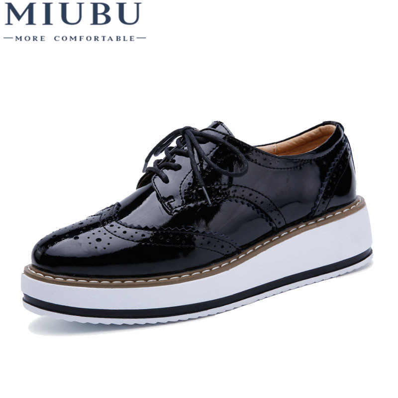 MIUBU Women Platform Oxford Brogue Patent Leather Flats Lace Up Shoes Pointed Toe Creepers Vintage luxury beige wine red Black
