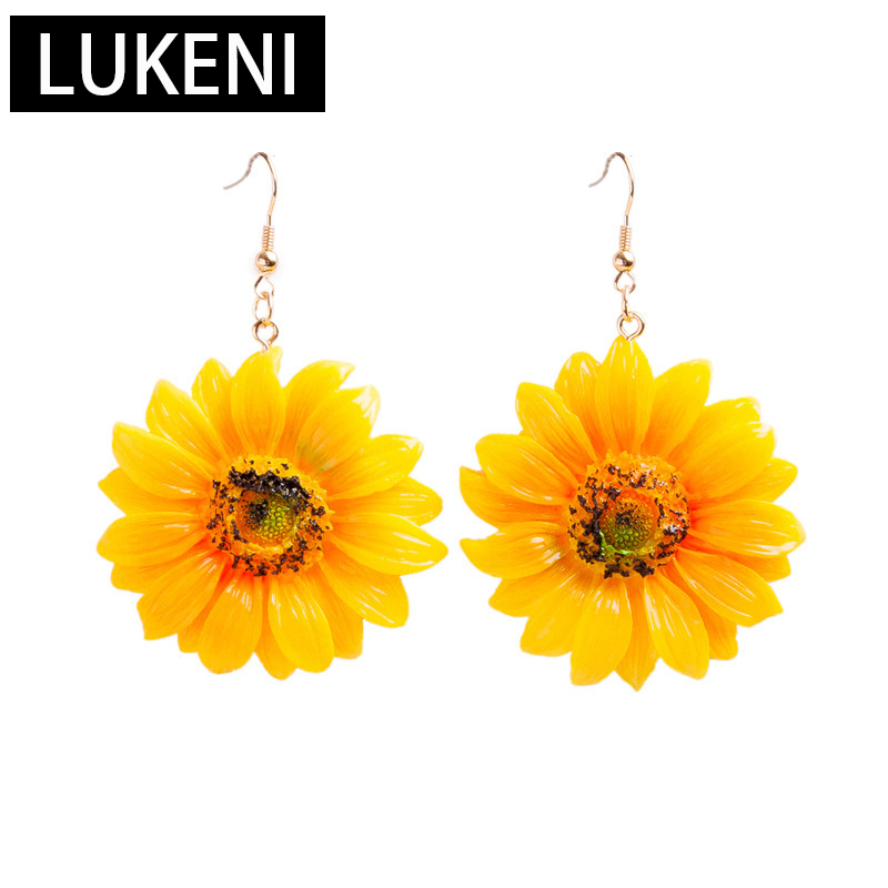 Korean Japan Style Acrylic Sunflower Chrysanthemum Flower Plant Yellow Color Stud Earrings For Women 2019 Fashion Beach Vacation