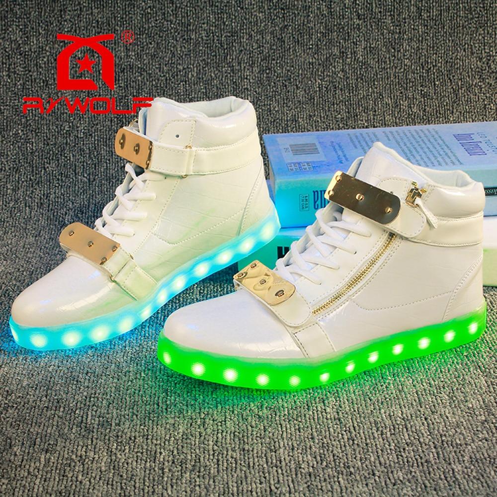 La luz hasta los zapatos venta caliente de la manera negro color blanco USB populares cambio