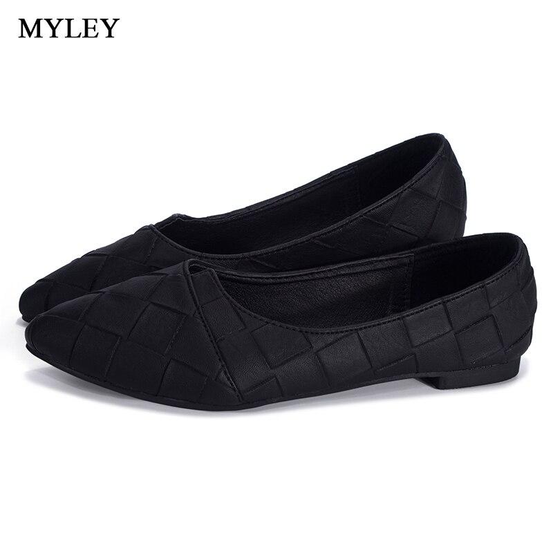 MYLEY Rhinestone Pointed Toe Flat Heel Shoes Woman Single Fashion Flat Shoes Spring Autumn Loafers Casual Shoe Zapatos Mujer odetina fashion women pointed toe rivets loafers 2017 spring