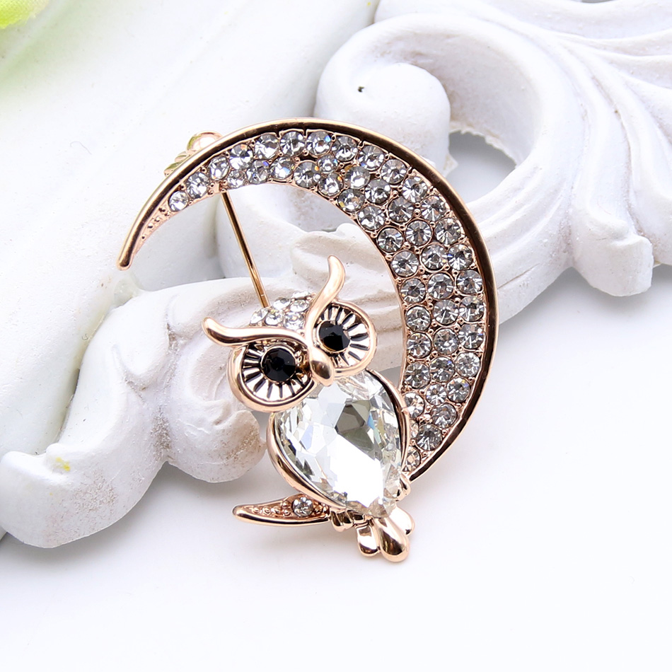 Hot Sale Animal Brooch Owl Half Moon Crystal Women Brooches Gold Plated Ladies Lapel Hijab Scarf Pins Jewelry Best Festival Gift invisible bra