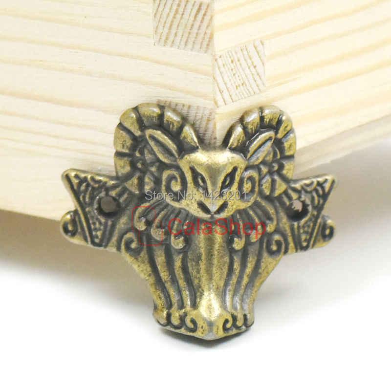 12c1ab809312 лот 44 мм x 36 мм антикварные ювелирные изделия груди Деревянная мебель