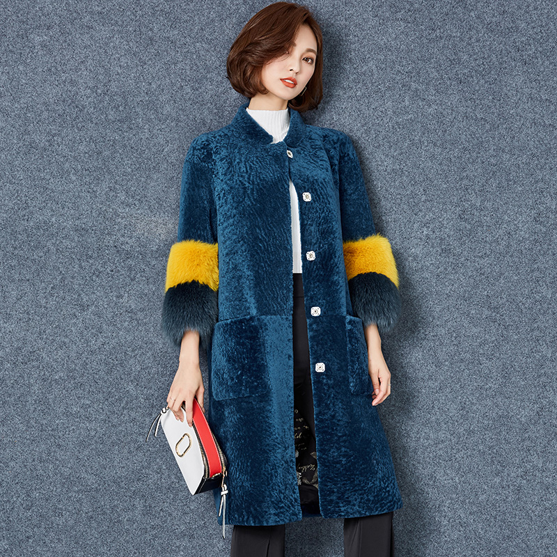 New Winter Women Three Quarter Sleeve Faux Wool Coat Long O Neck Covered Button Lantern Sleeve Thick Warm Fur Outerwear XHSD 211