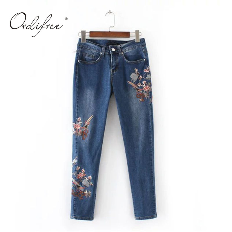 2017 Mid Waist Floral Embroidery Jeans for Women Vintage Flower Embroidered Female Stretch Slim Skinny Pencil Denim Pants