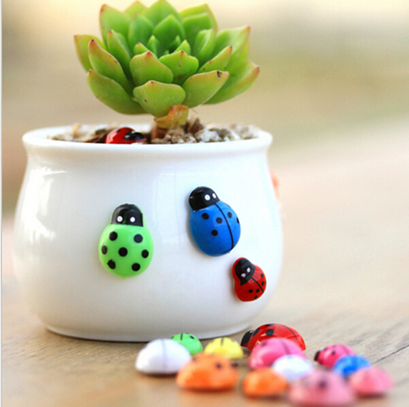 10pc colorful Ladybug Lady bird figurine Wooden Fridge sticker decoration fairy garden animal statue miniature ornaments TNA086