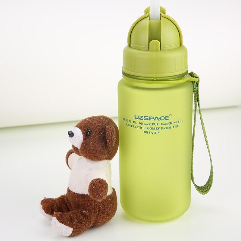 UZSPACE 400ML طالب الأطفال غلاية المحمولة الفضاء مقاومة الرياضة مانعة للتسرب القش نوع زجاجات المياه البلاستيكية (BPA مجانا)