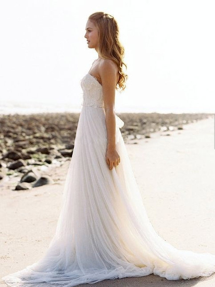 Long flowy white beach dress images for Flowy white wedding dress