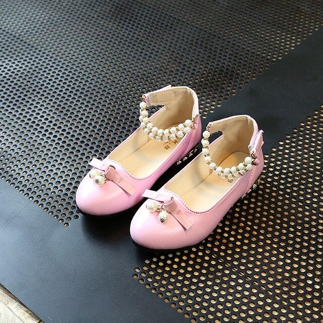 2019 Anak Putri Glitter Sandal Anak Perempuan Lembut Sepatu Square Bertumit  Rendah Gaun Pesta Sepatu Pink aef66b1e78