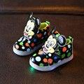 Niños mickey shoes con muchachos luz led iluminado zapatillas de deporte nueva primavera otoño dots muchachas de la manera suave casual shoes tamaño 21-31