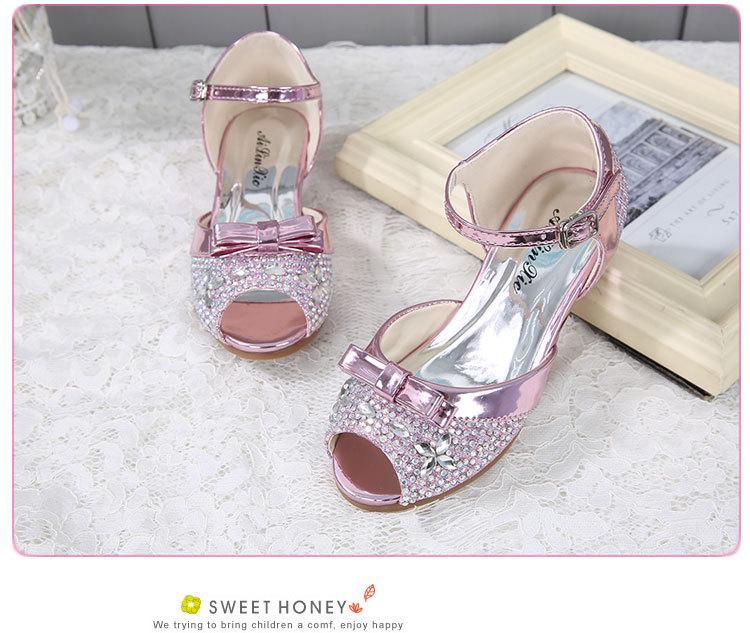 Weoneit Girl Sandals 2019 Children Princess Rhinestone Sandals Kids ... baef452ee245